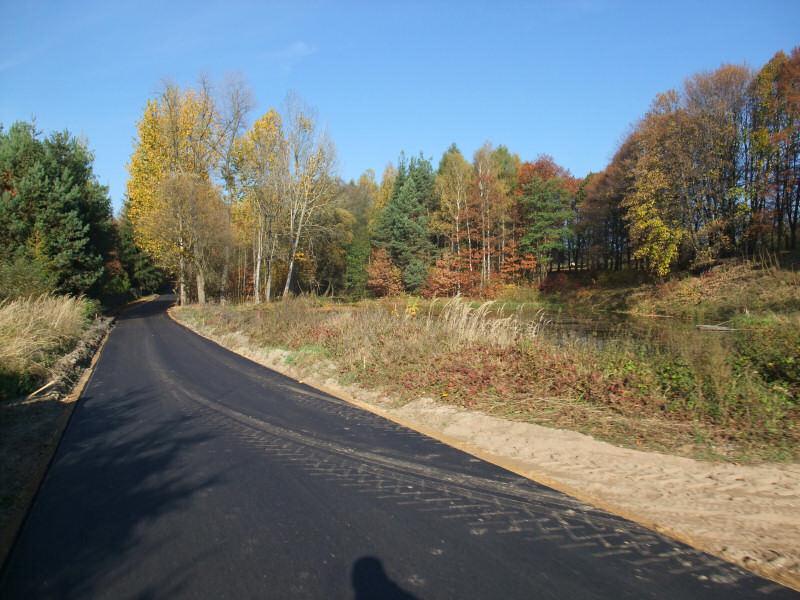 Jaworznik, nowy asfalt na ul. Źródlanej